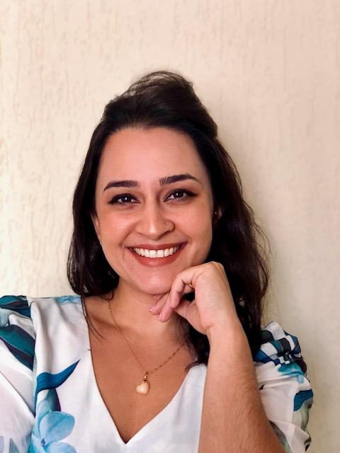 Adriana Oliveira Cintra Martins